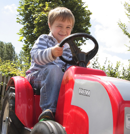 The Playbarn - Tractor Fun